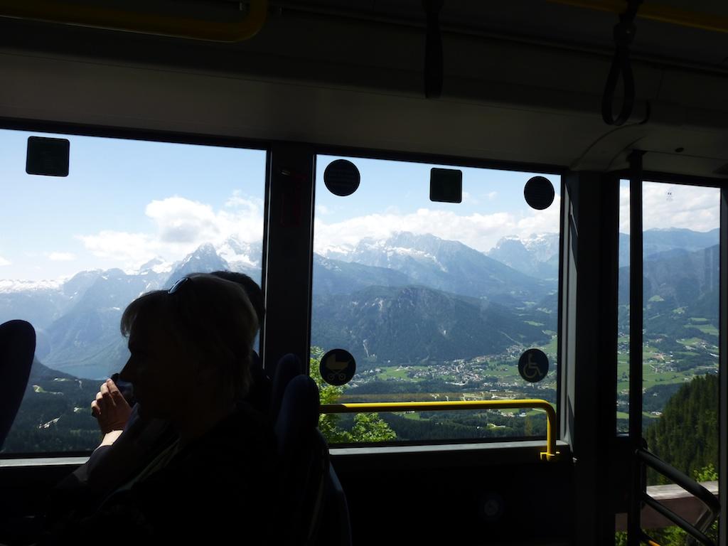 Bussin ikkunoista avautui upeat näkymät.