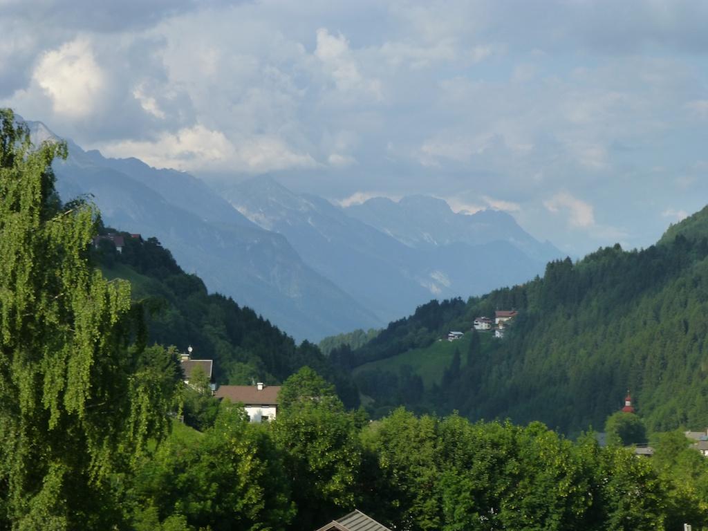 Nordkette Innsbruckin yläpuolella