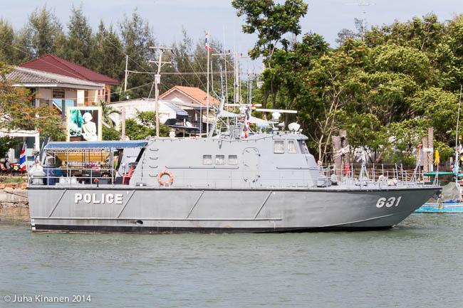 Poliisi paikalla